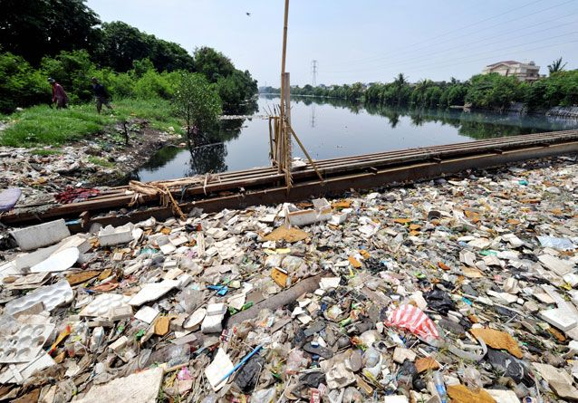 Citarum_River_pollution