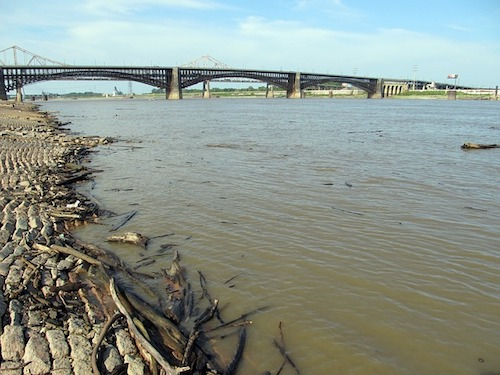 mississippi-river pollution